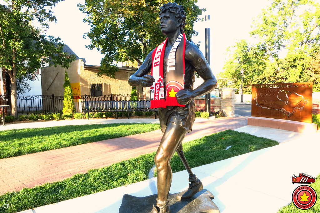 Terry Fox Tribute statue in Richmond Hill x Red Patch Boys